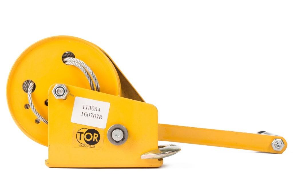 Лебедка ручная TOR ЛБ-1200 (BHW) г/п 0,5 т, длина  троса 10 м